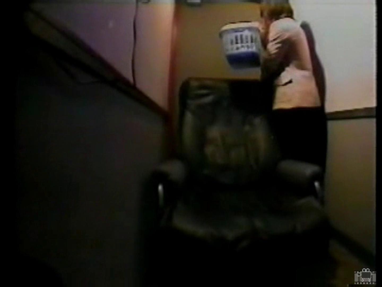 個室ビデオBOX 自慰行為盗撮① フェラ  30連発 12