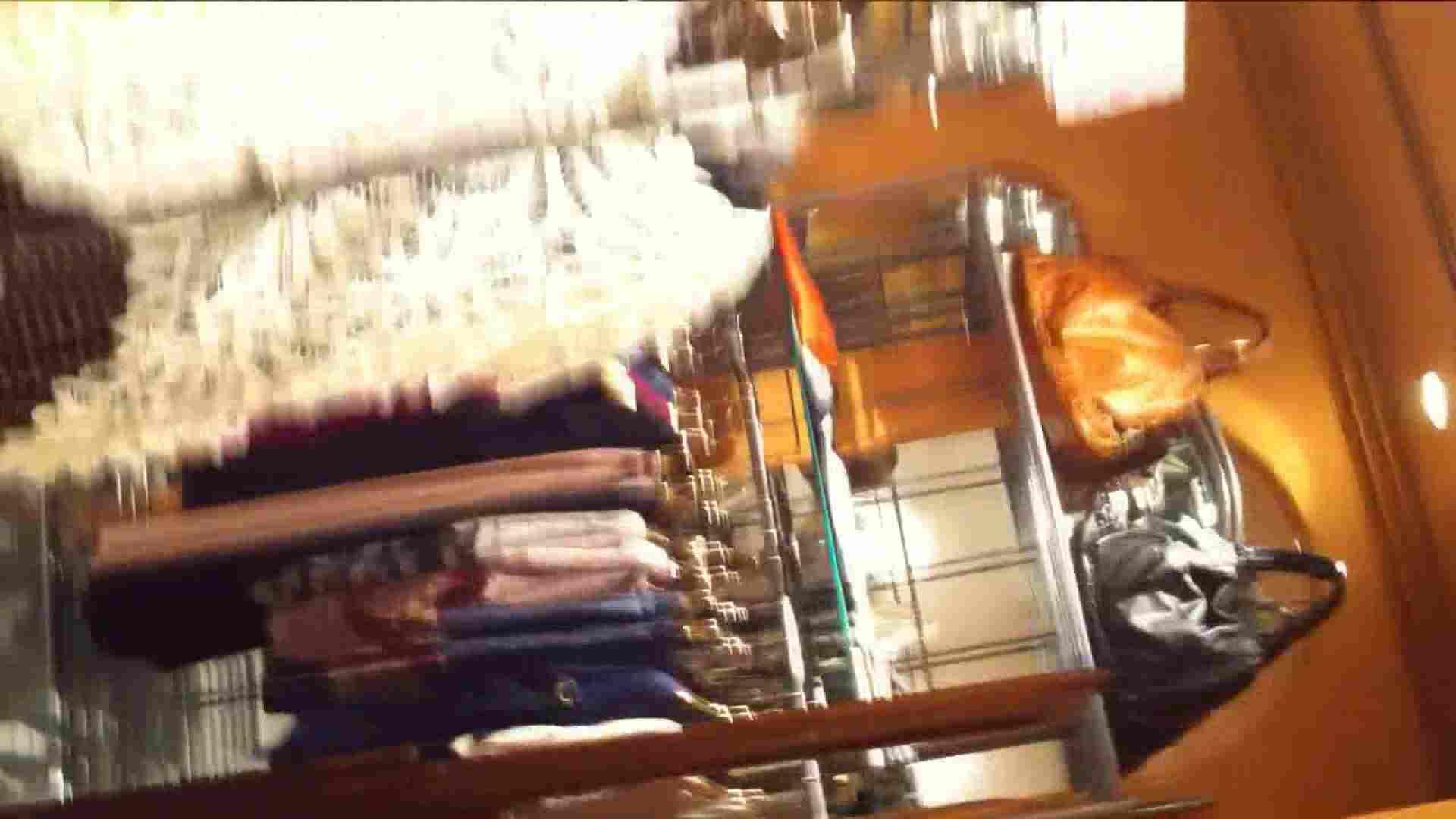 可愛いカリスマ店員限定‼胸チラ&パンチラ vol.23 胸チラ ワレメ無修正動画無料 84連発 49