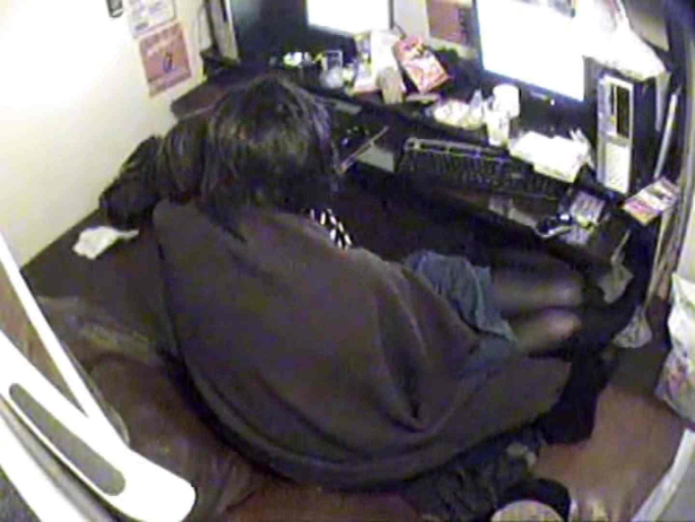 インターネットカフェの中で起こっている出来事 vol.003 OLすけべ画像 おまんこ無修正動画無料 20連発 5