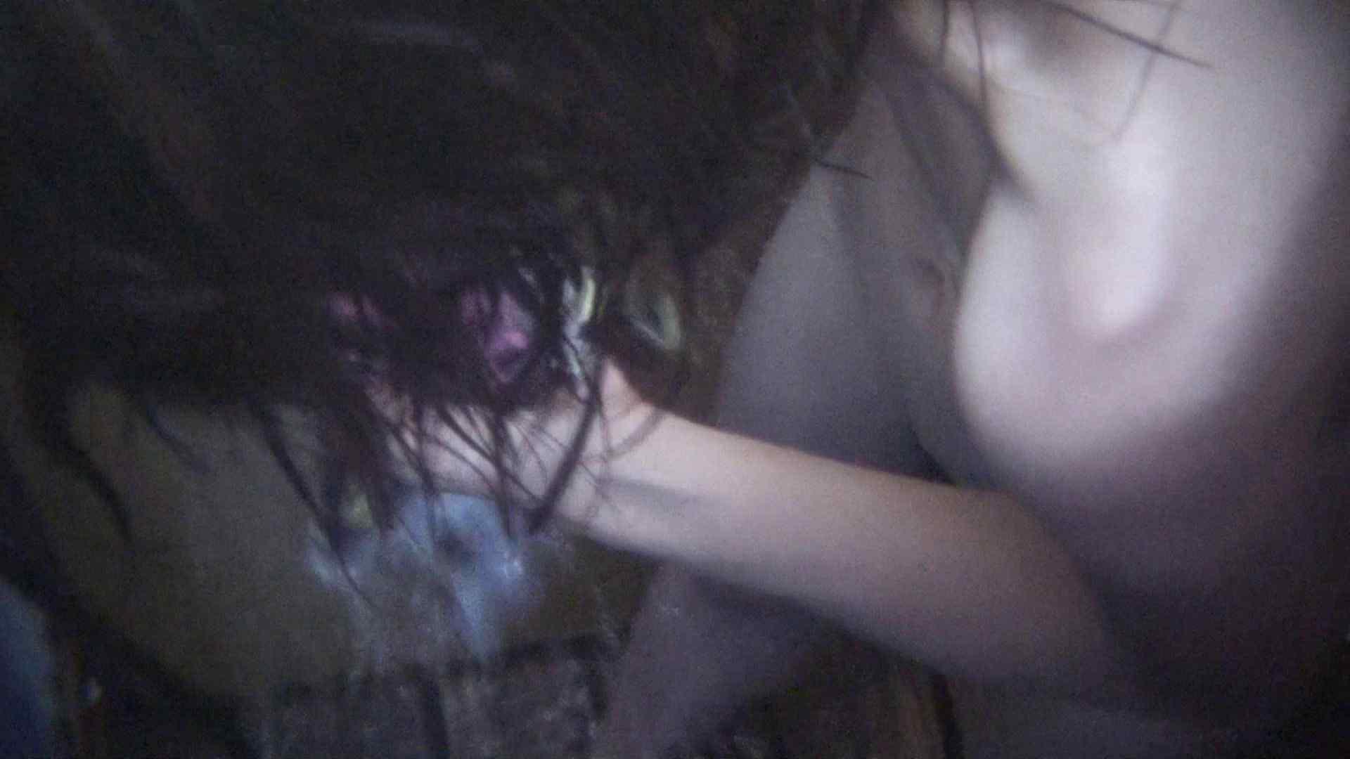 シャワールームは超!!危険な香りVol.7 細くて胸もぺったんこ!かなり可愛いです!! シャワー 覗きおまんこ画像 86連発 59