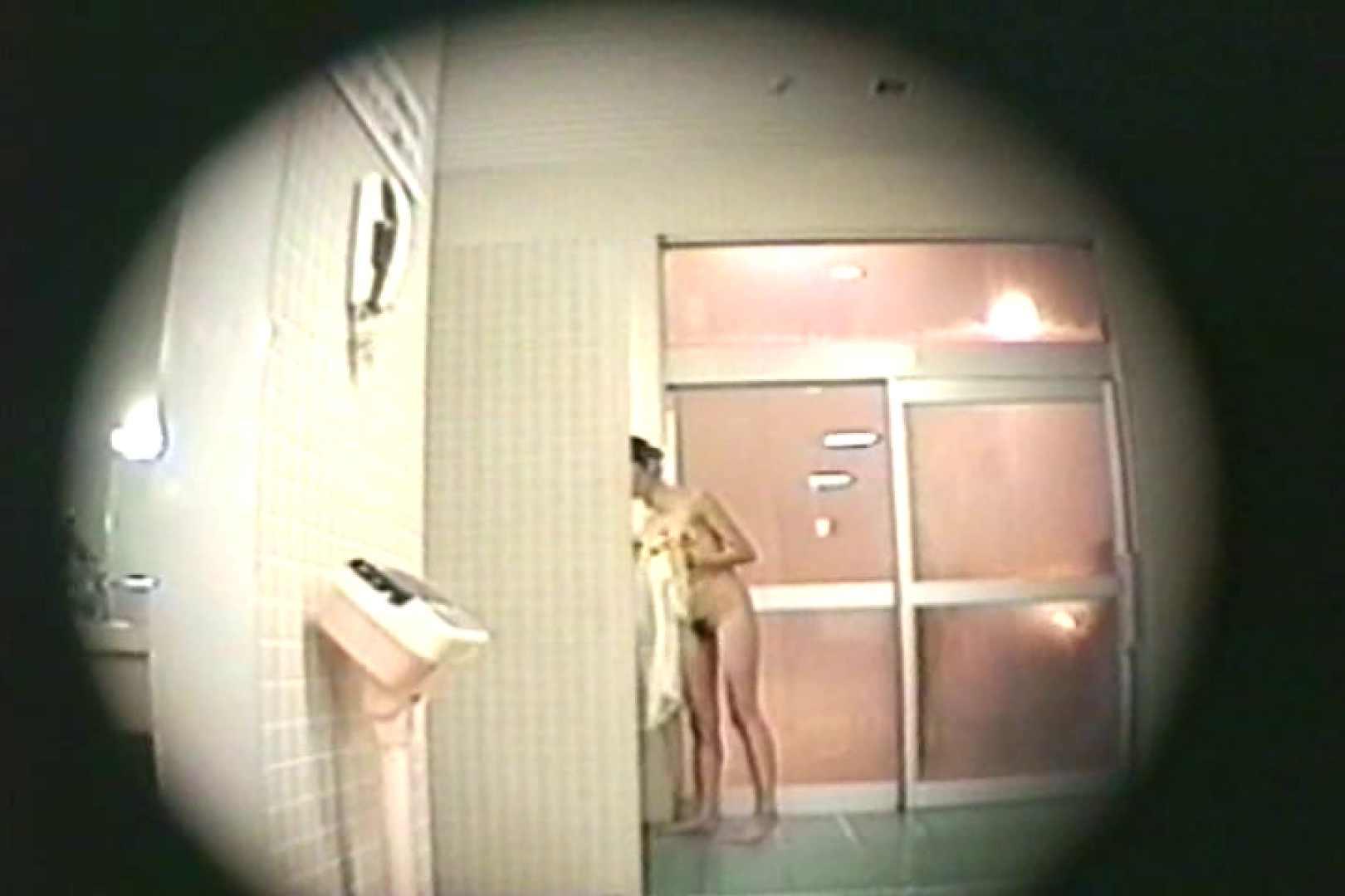 新女風呂35 着替え女子 | 女風呂  69連発 43